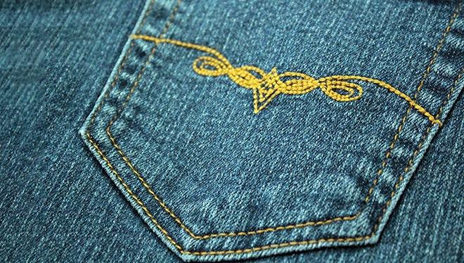 орнамент гладью на джинсах