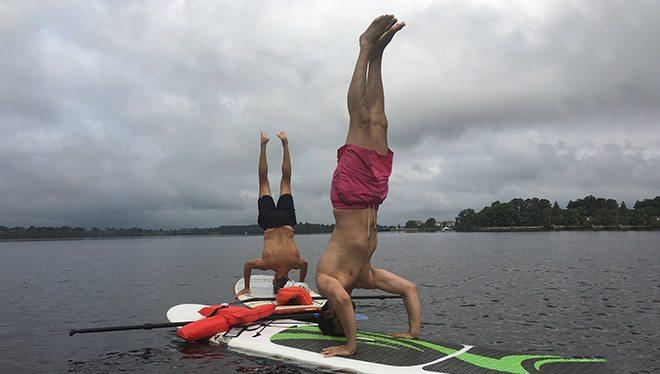 стойка на серфинге